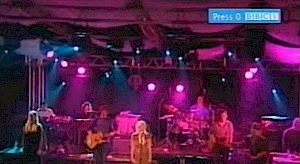Destiny (with Zero 7 @Glastonbury 2004)